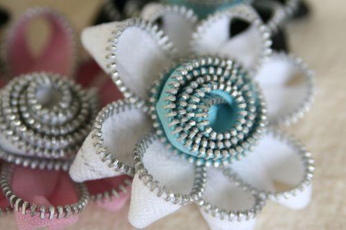 Zipper flowers galore