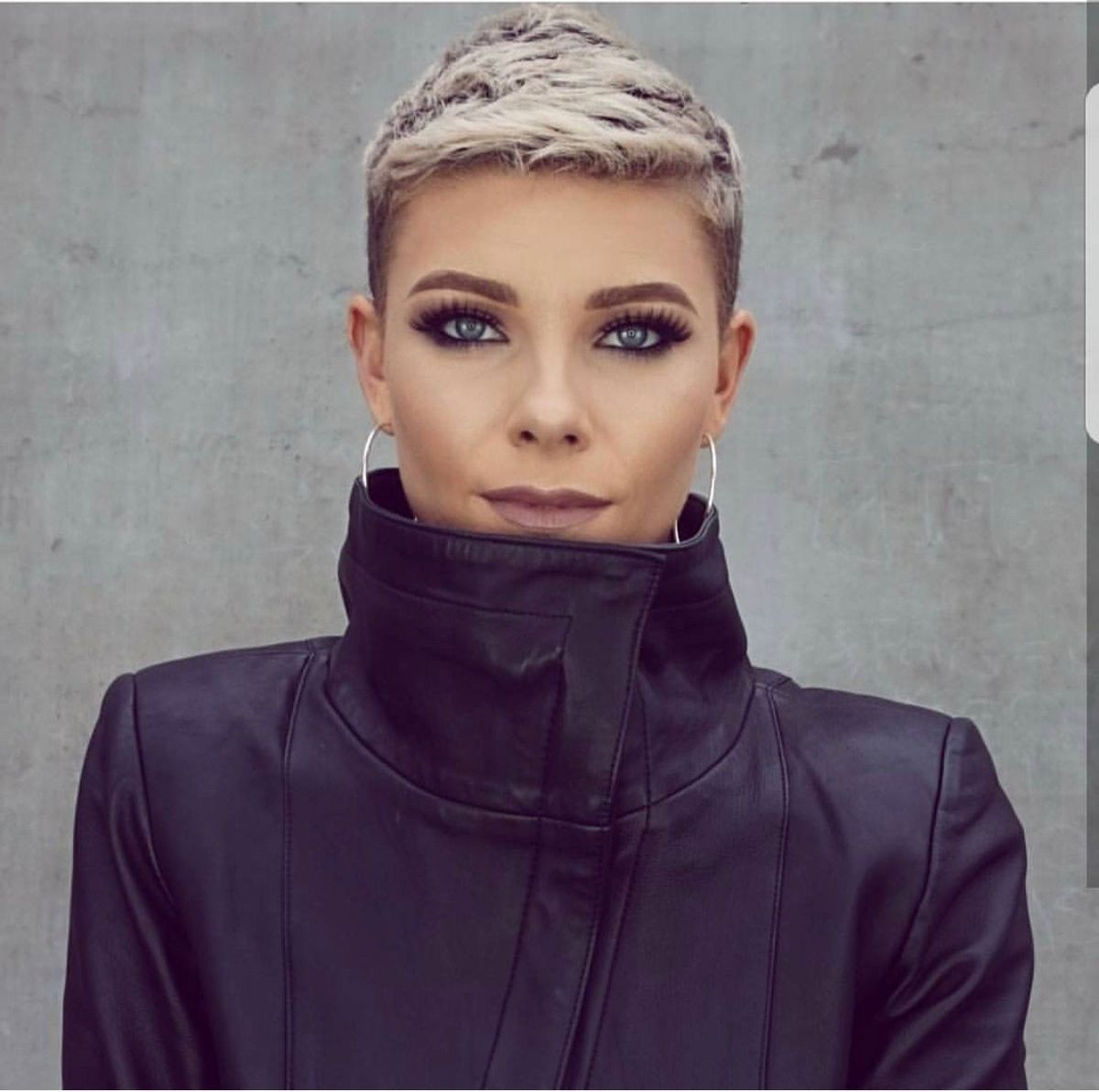 Pin by iryna koretska on peinados pinterest short hair and hair
