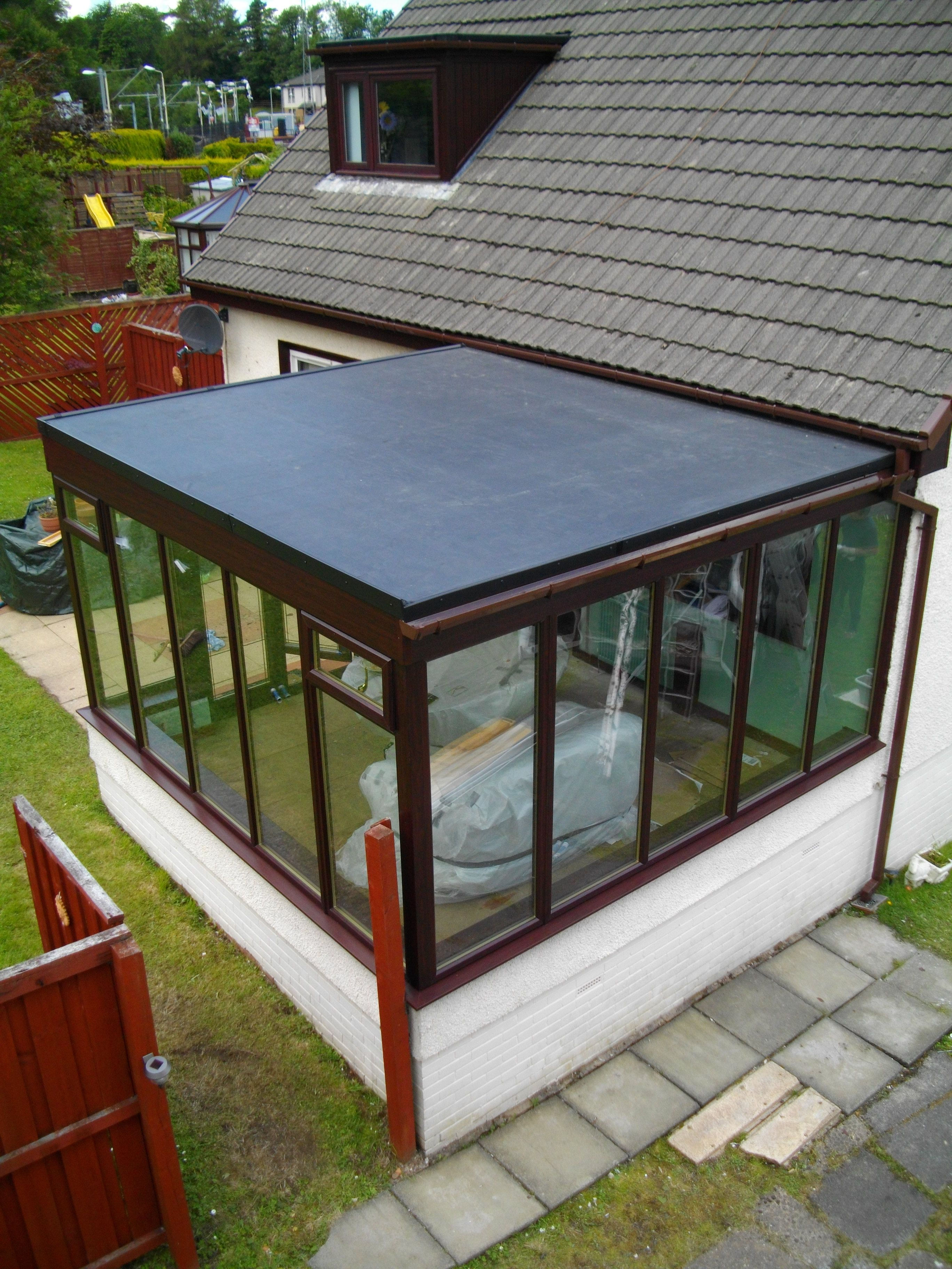 You Re Considering A New Flat Roof It S Wise To Know The