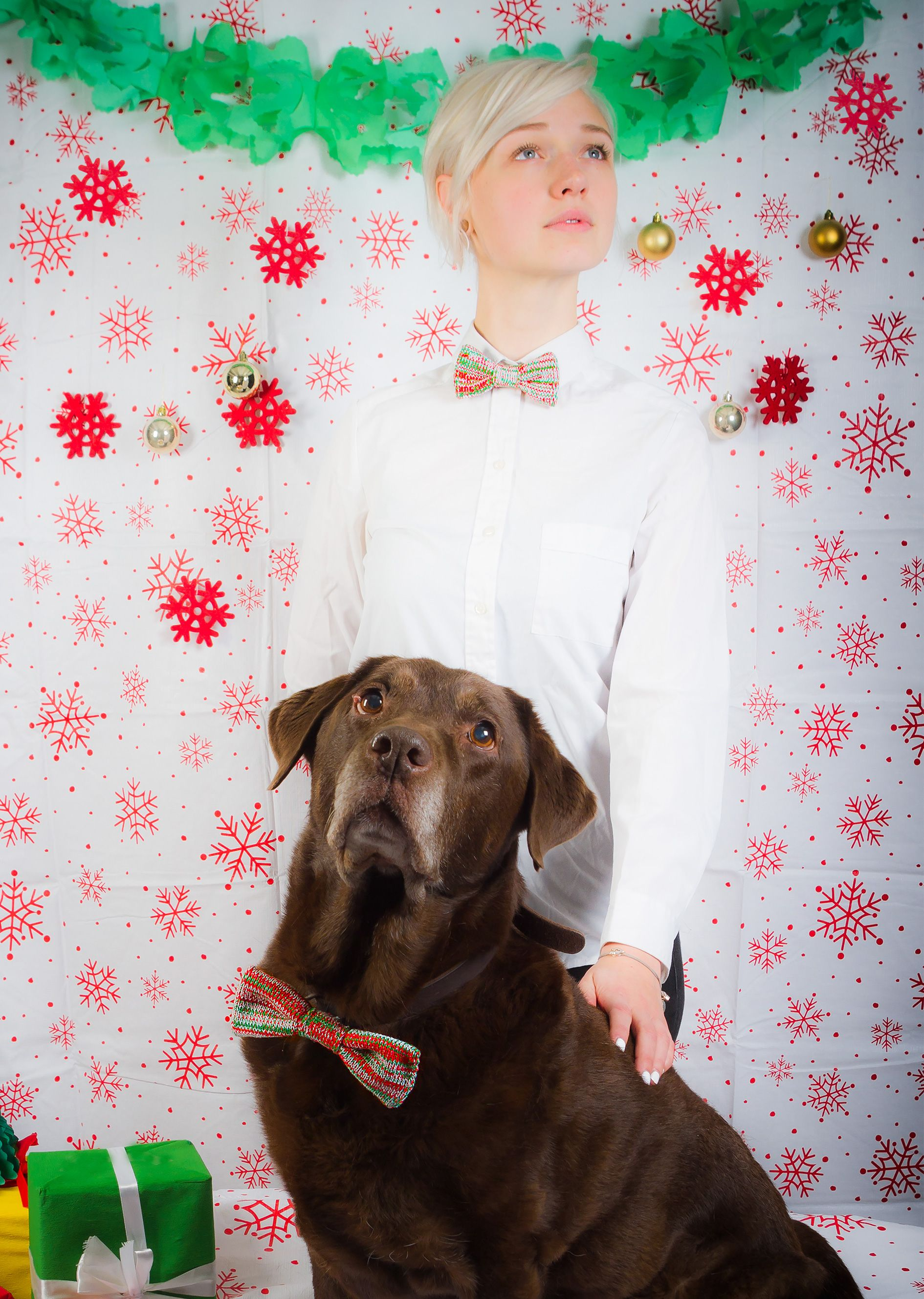 Davide & Lady being Dapper Queens in their The Christmas Edition Bow Tie Set - for People & their Pet! #dapperchristmas #unexpectedknitwear #woolandwater