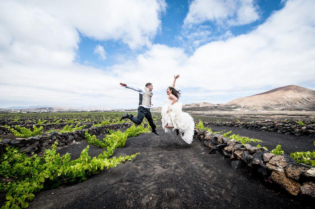 bodas de destino, destination wedding photographers, fotógrafo post boda lanzarote canarias, frederic montse wolf fotògraf
