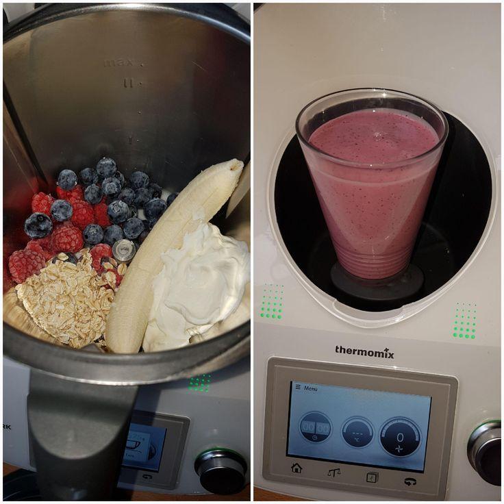 Frühstückssmoothie beeren shake frisch lecker schnell & gesund #fruitsmoothie