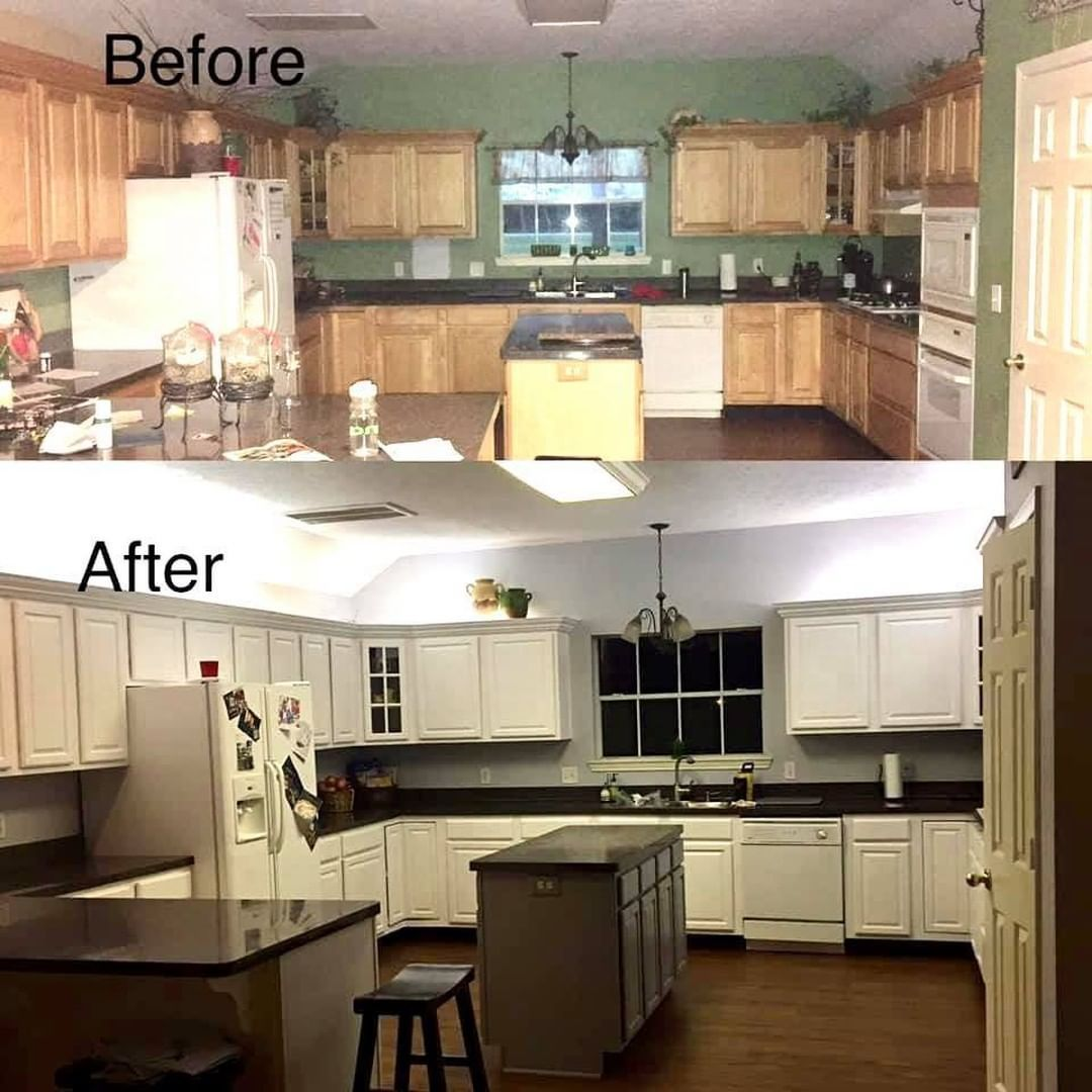 Heirloom Traditions Paint On Instagram New Year New Kitchen Are You Ready For A Change A Bright In 2021 Heirloom Traditions Paint Heirloom Traditions New Kitchen