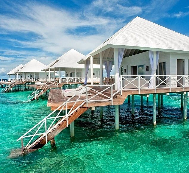 best 25 huts on the water ideas on pinterest maldives location vacation to bora bora and. Black Bedroom Furniture Sets. Home Design Ideas
