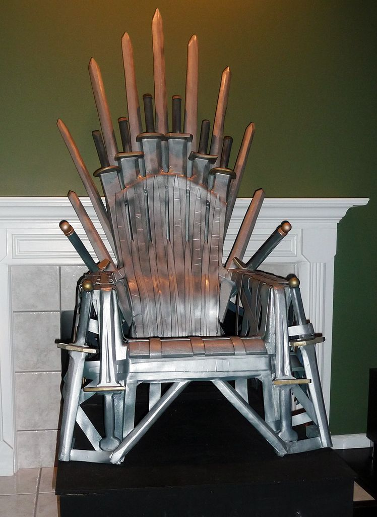 Forge a Game of Thrones Iron Throne from a plastic lawn chair