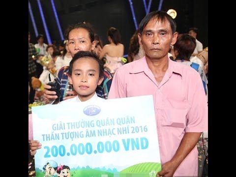 Hồ Văn Cường chỉ được mẹ mua cho một bộ đồ trong 4 tháng thi VN Idol Kid...