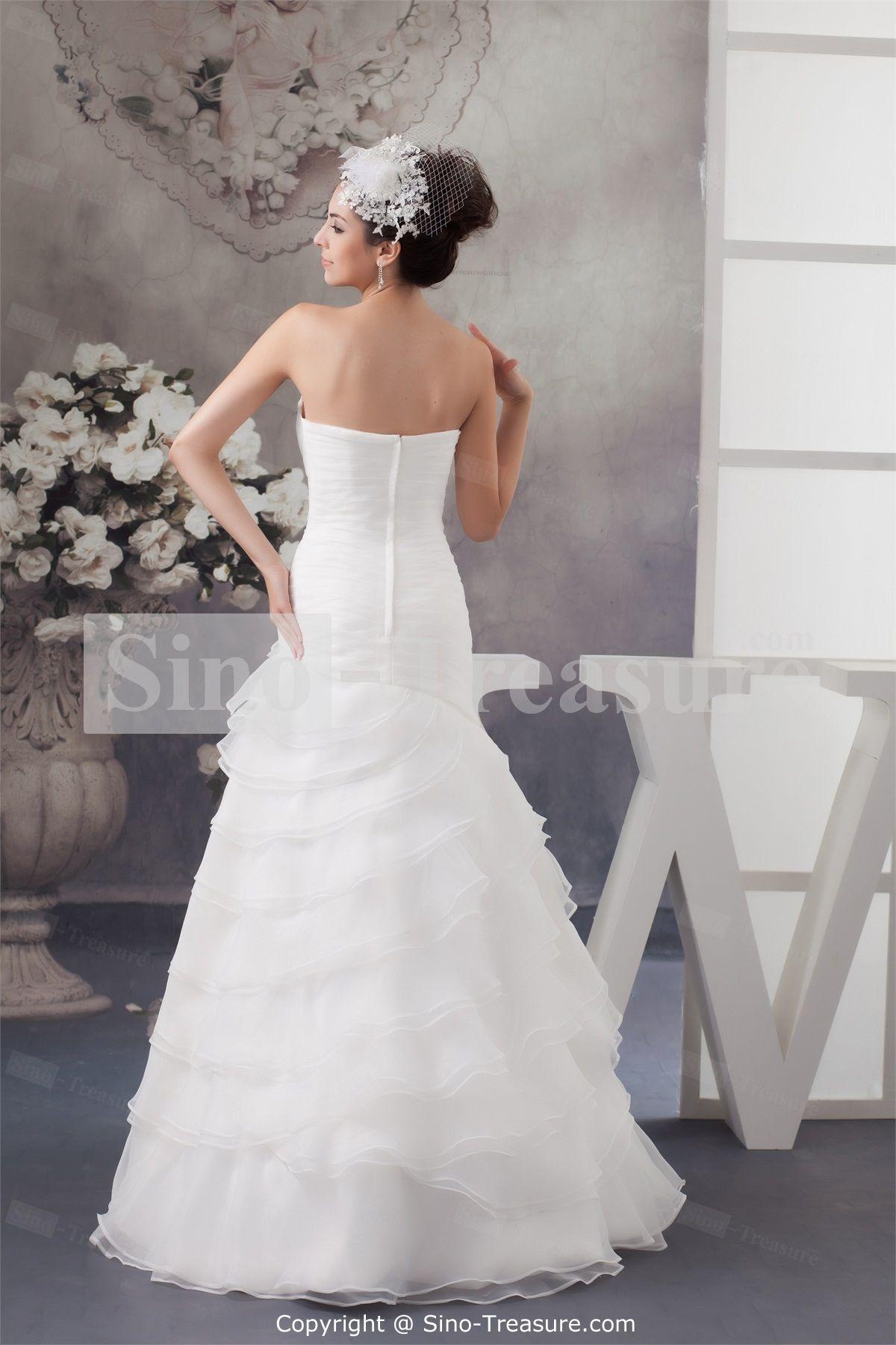 White aline natural brush sweep train sweetheart wedding dress