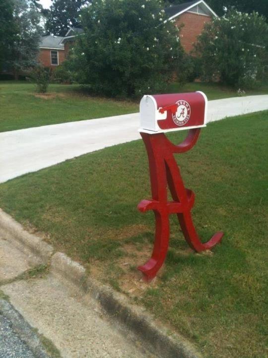 Roll Tide Mail Box!
