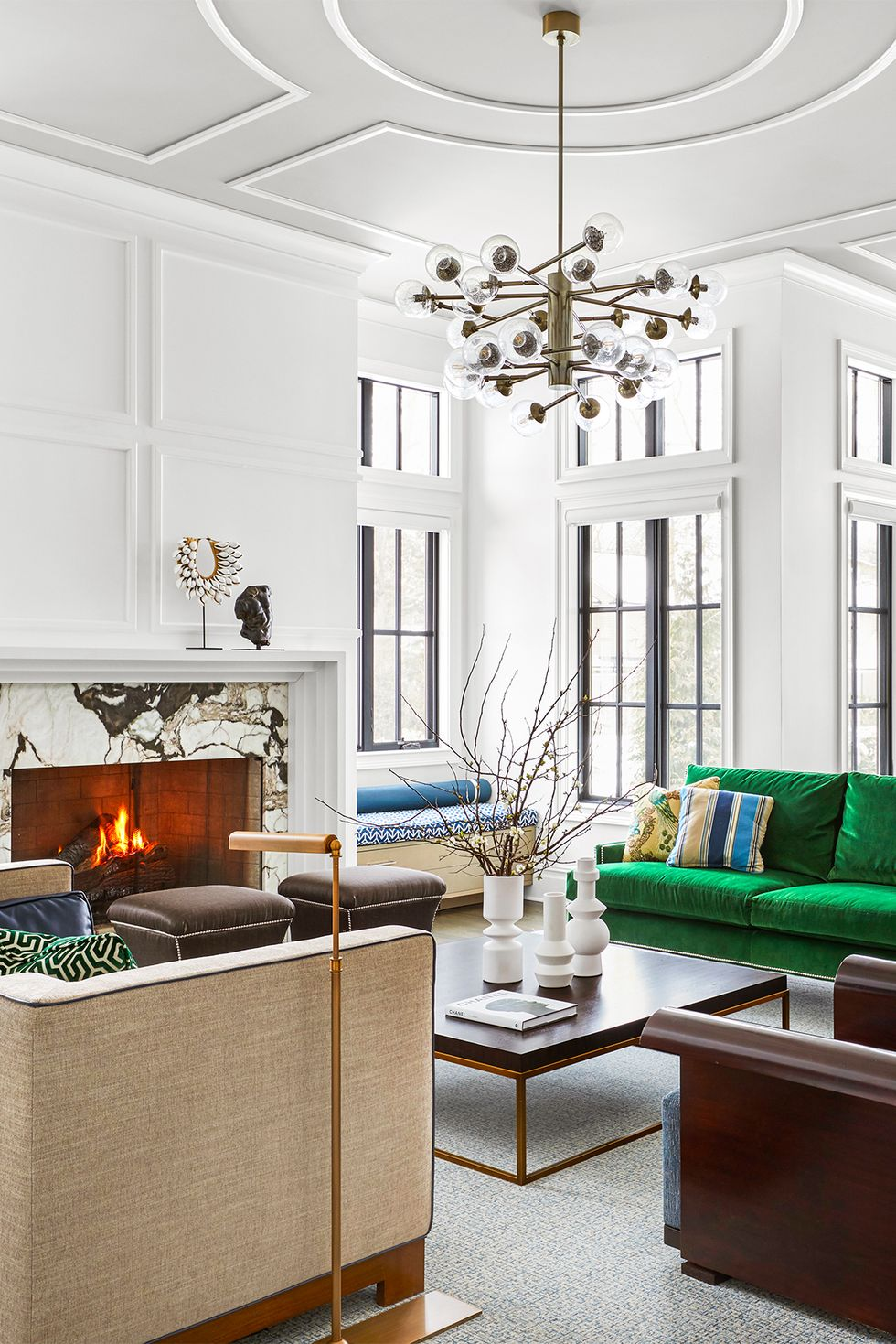 These 10 Designer Living Rooms Are Absolute Goals   Modern ...