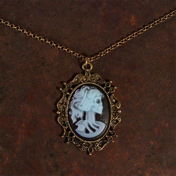 Victorian Steampunk  Lady  Cameo Pendant Bronze Necklace Bow Vintage Silhouette