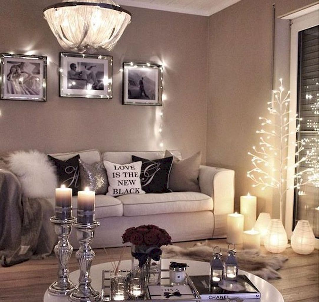 33 Ultra Cozy Bedroom Decorating Ideas For Winter Warmth: 75 Comfy Rustic Farmhouse Christmas Living Room Decor