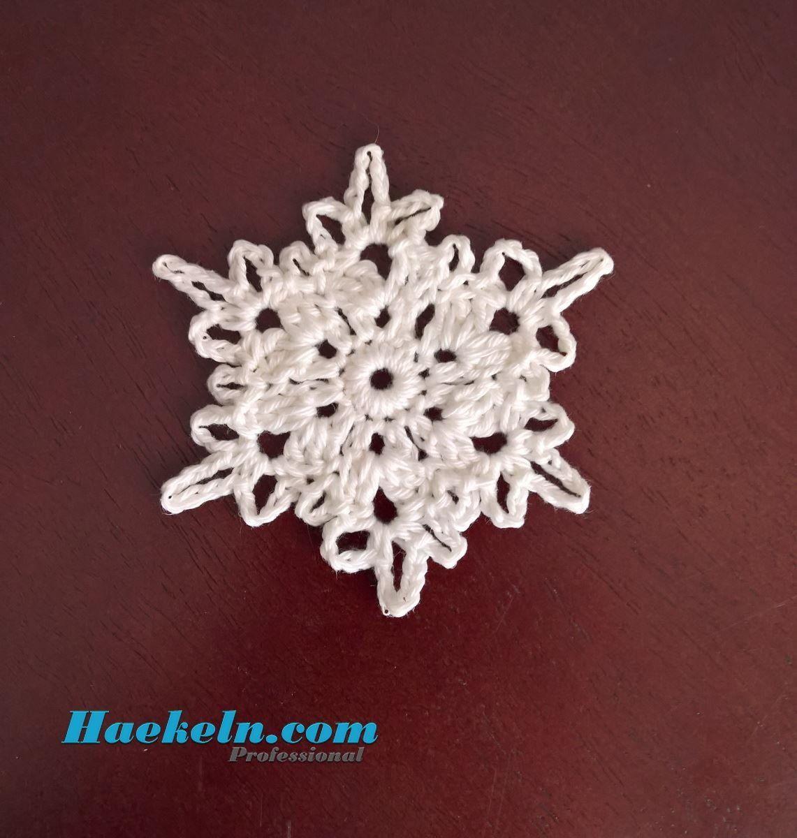 Schneeflocke Joy • Häkeln Weihnachten Kostenlose Häkelanleitung ...
