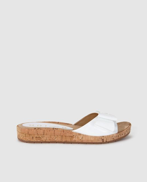 42c7d0f25b442 Sandalias planas de mujer Unisa de piel blanco Women Sandals