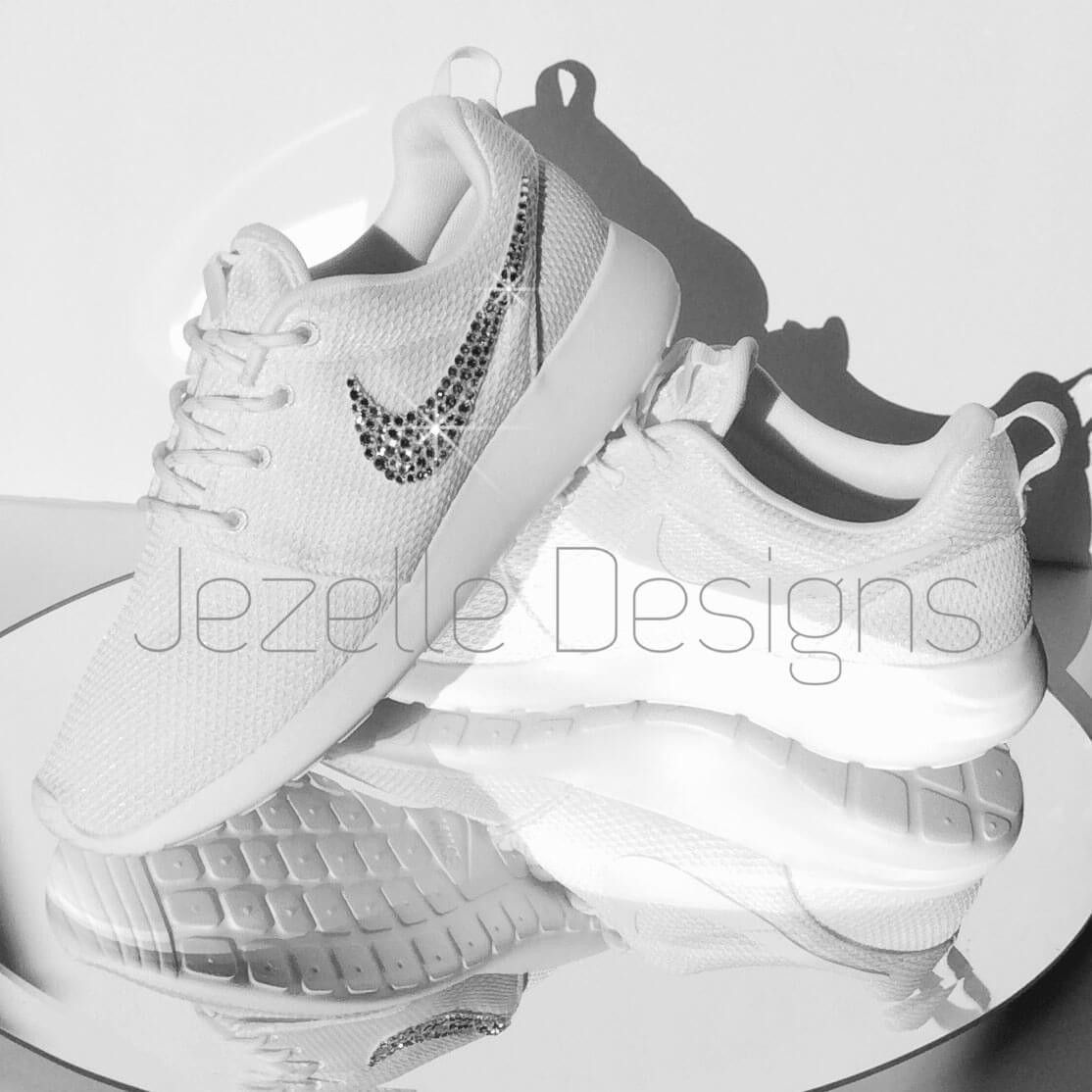 8dccf0174 Bling Swarovski Nike Roshe One (White) | Roshe | Bling nike shoes ...