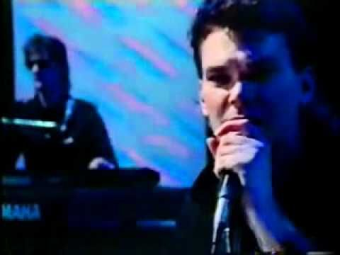 Dragon Rain Lluvia Exito De 1983 Buen Motivo Para Sacudir Las Melenas Music Songs Songs Music Publishing