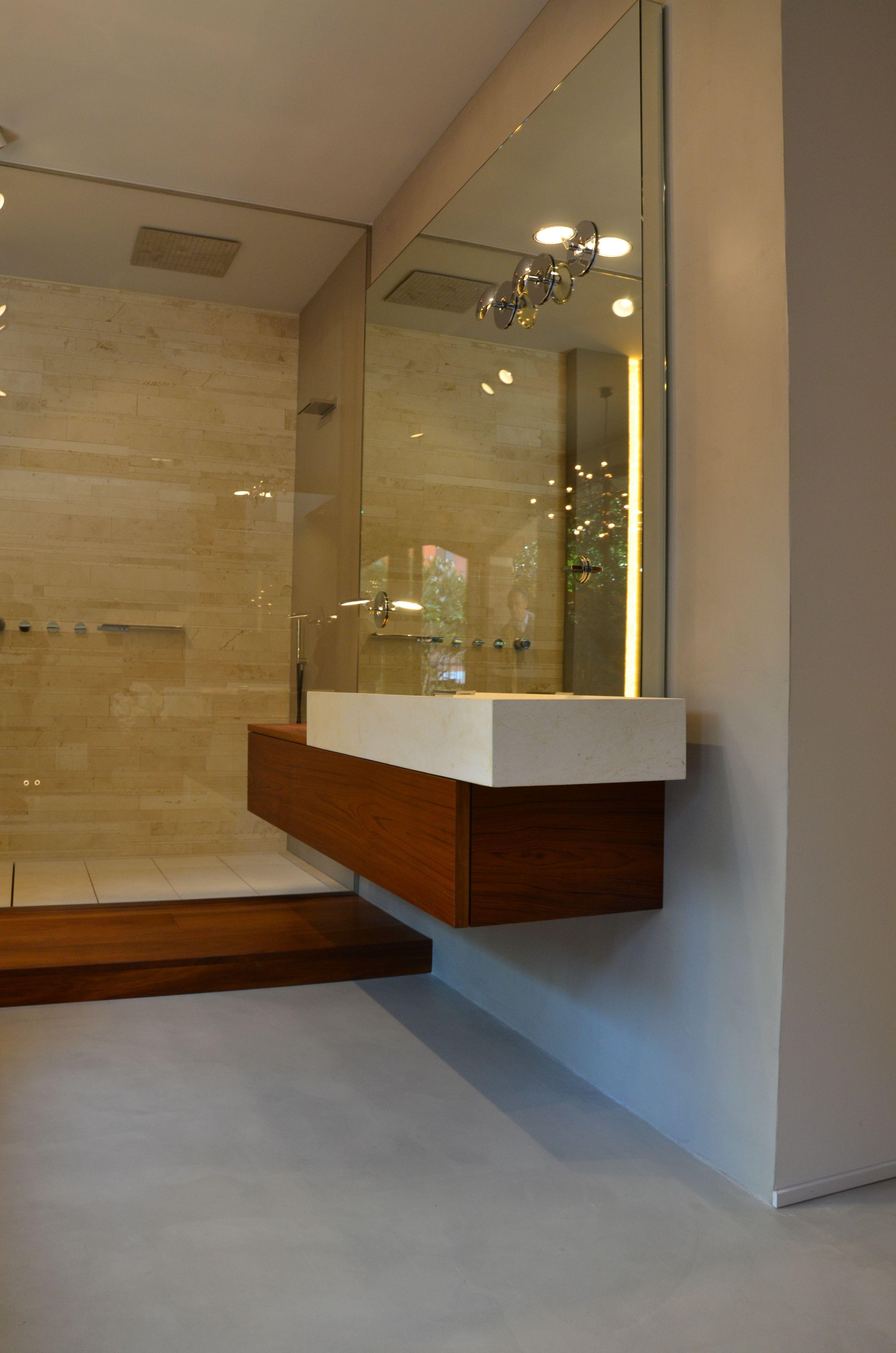 giochi di luce con effetto volume creato da specchio interior design ...