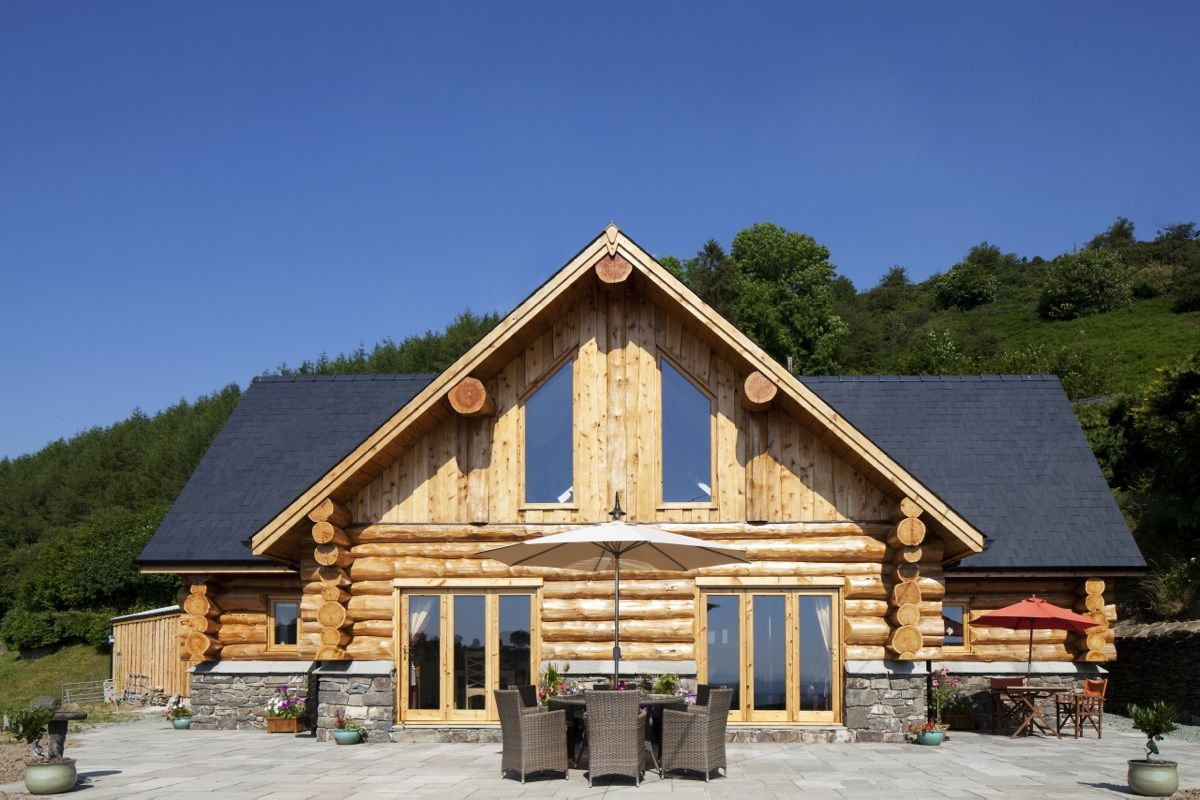 House · Handcrafted Log Cabins