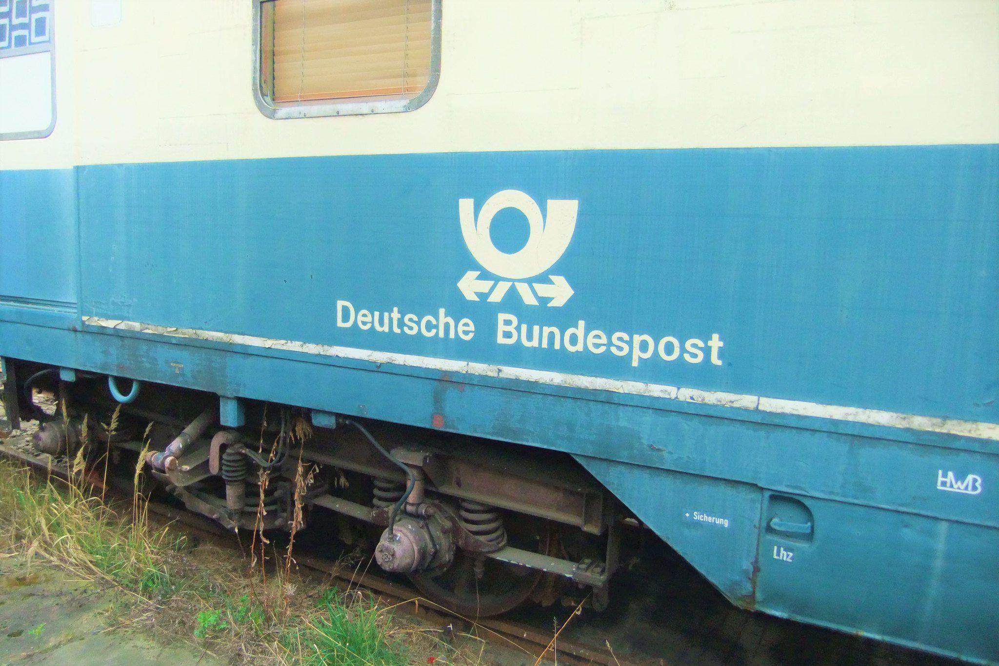 Waggon der Deutschen Bundespost im Bahnbetriebswerk Zittau