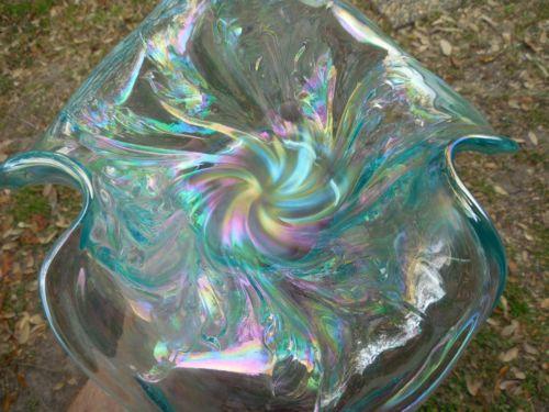 Spectacular-Contemporary-ICE-BLUE-Fenton-Tri-Corner-Acanthus-Bowl