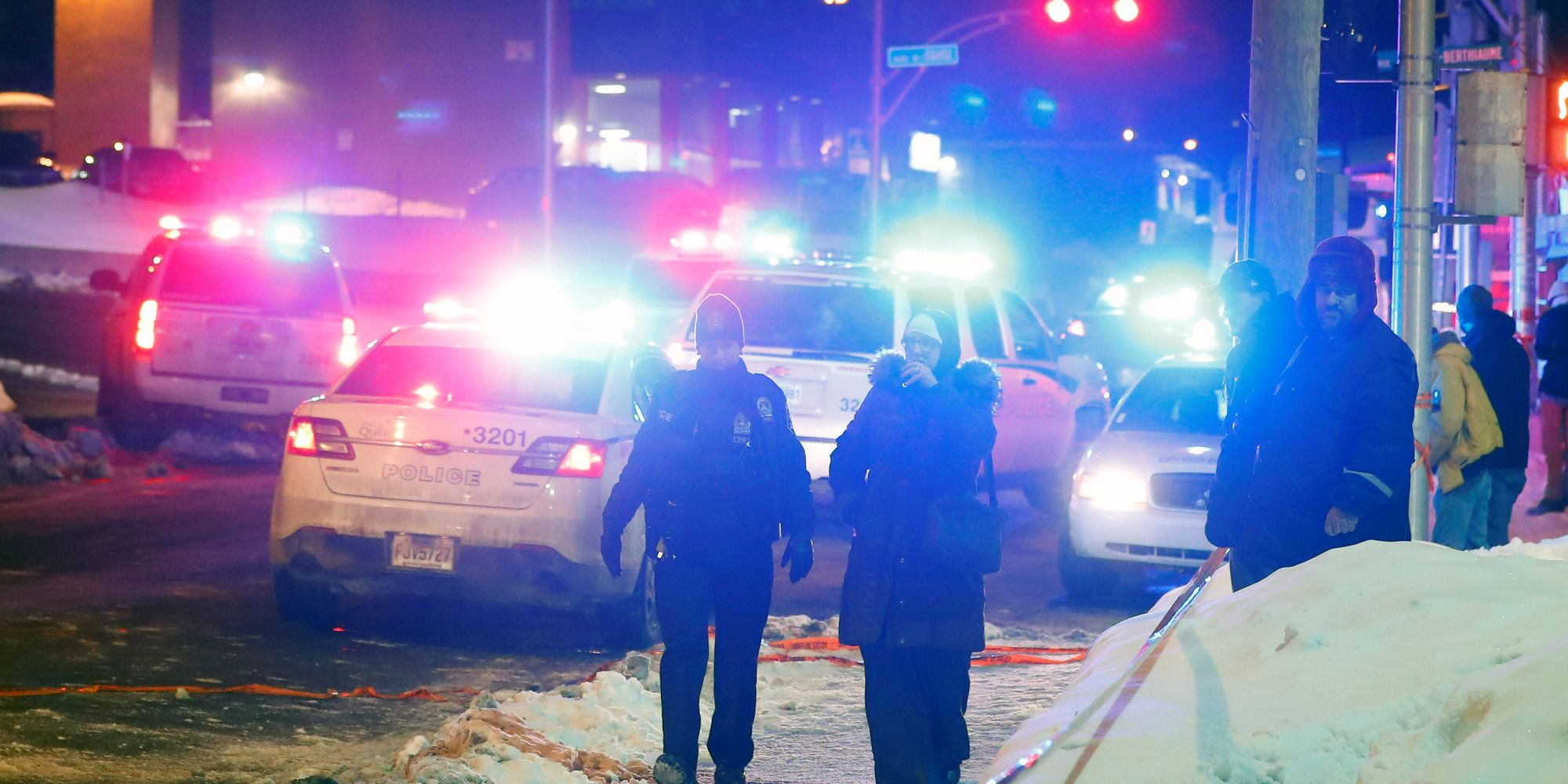 6 Dead 8 Wounded In Shooting At Quebec Mosque Quebec City