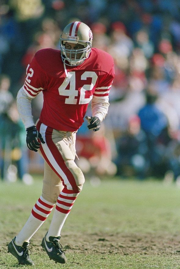 Ronnie Lott - San Francisco 49ers- The Maestro of the D-Backs of the Champs  He also believed in Snot Bubbles 66350b637