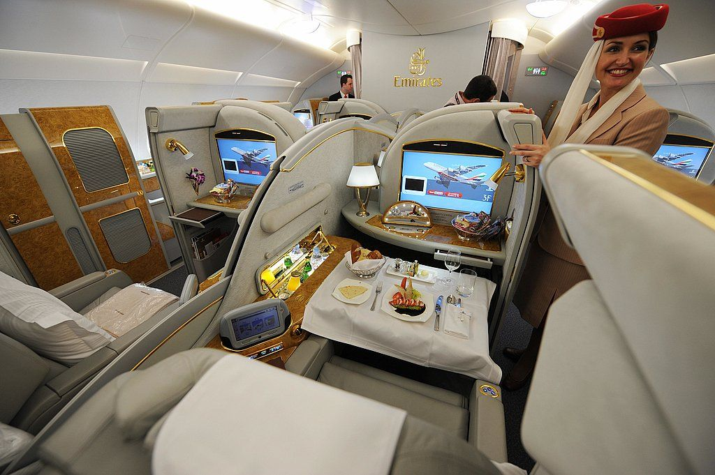 Emirates Airbus A380 Flying first class, Emirates