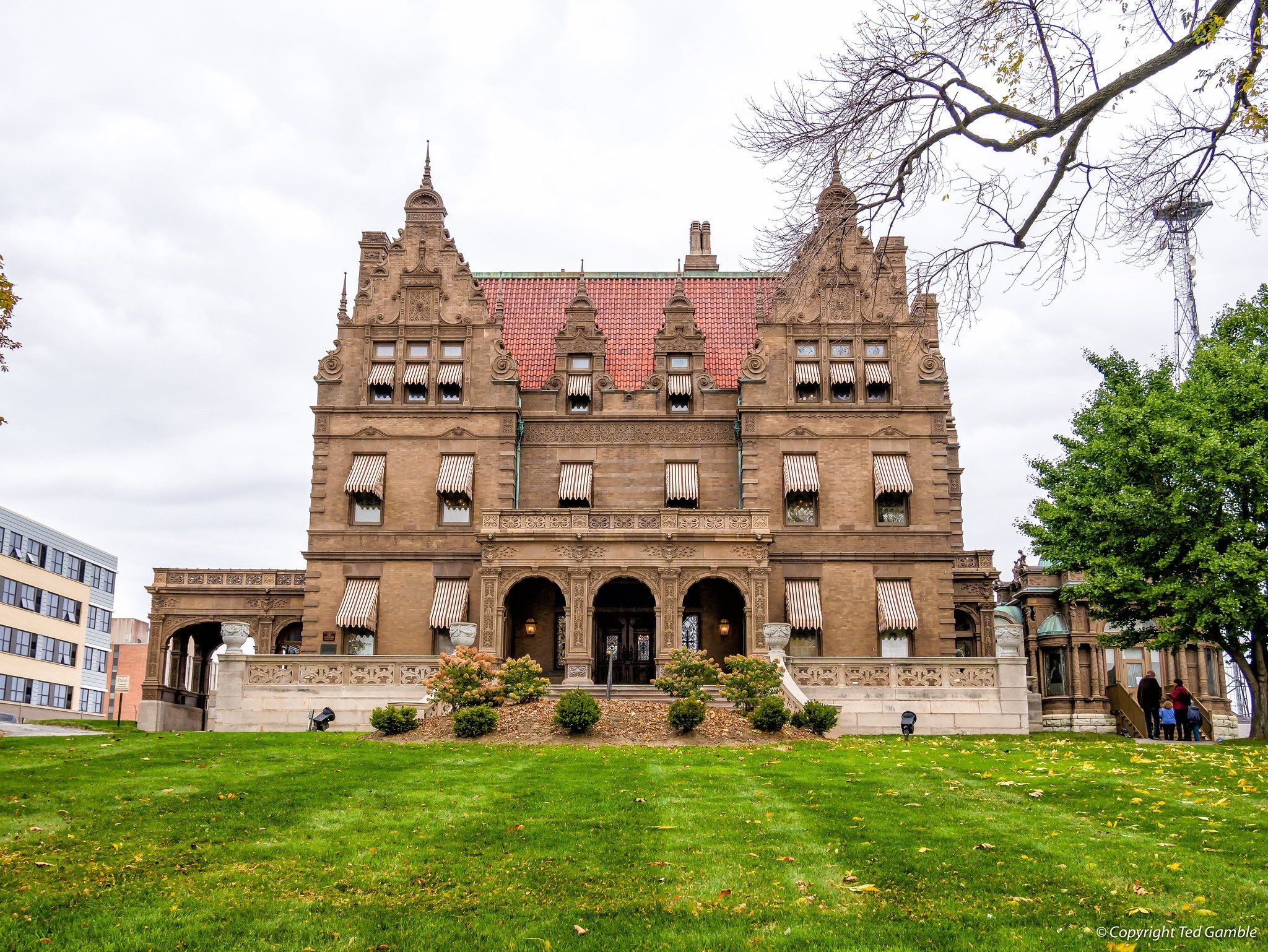 One Of Wisconsin's Most Historic Homes Is Having An Estate Sale And You Won't Want To Miss It #Wisconsin #Attractions #historichomes