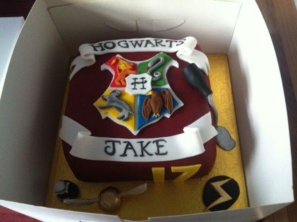 Harry Potter Cake Tv Movies Celebrity Harry Potter Cake Harry Potter Food Harry Potter Birthday