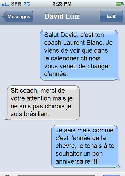 Laurent Blanc Souhaitant Joyeux Anniversaire à Son Joueur Ah