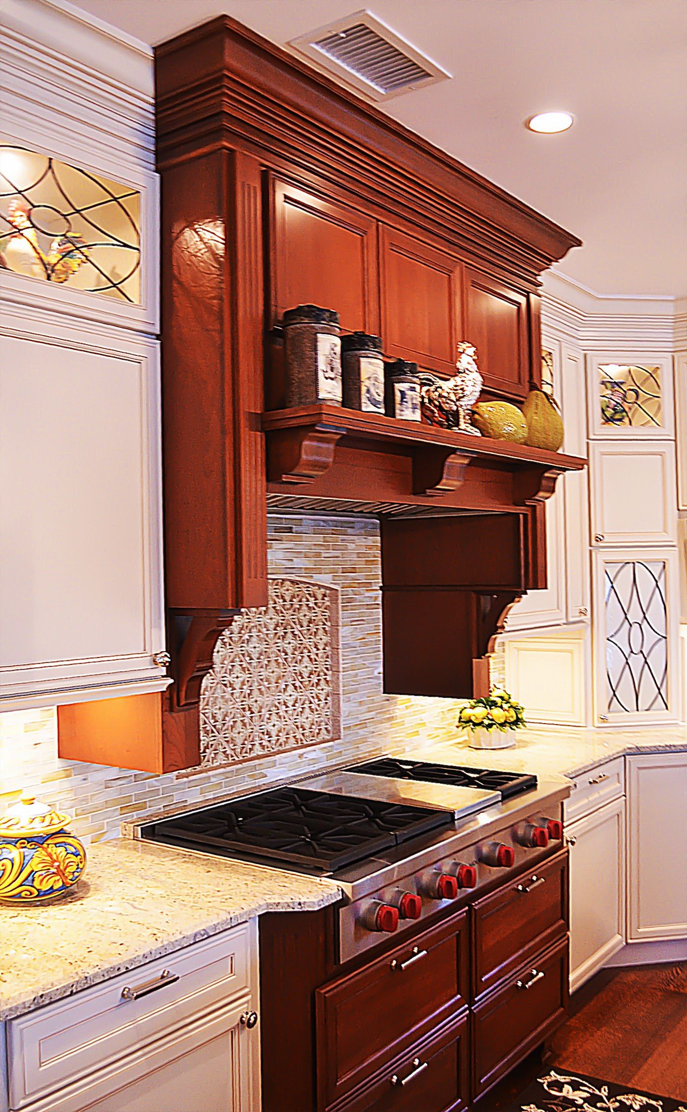 Decora 48 range top on cherry with a