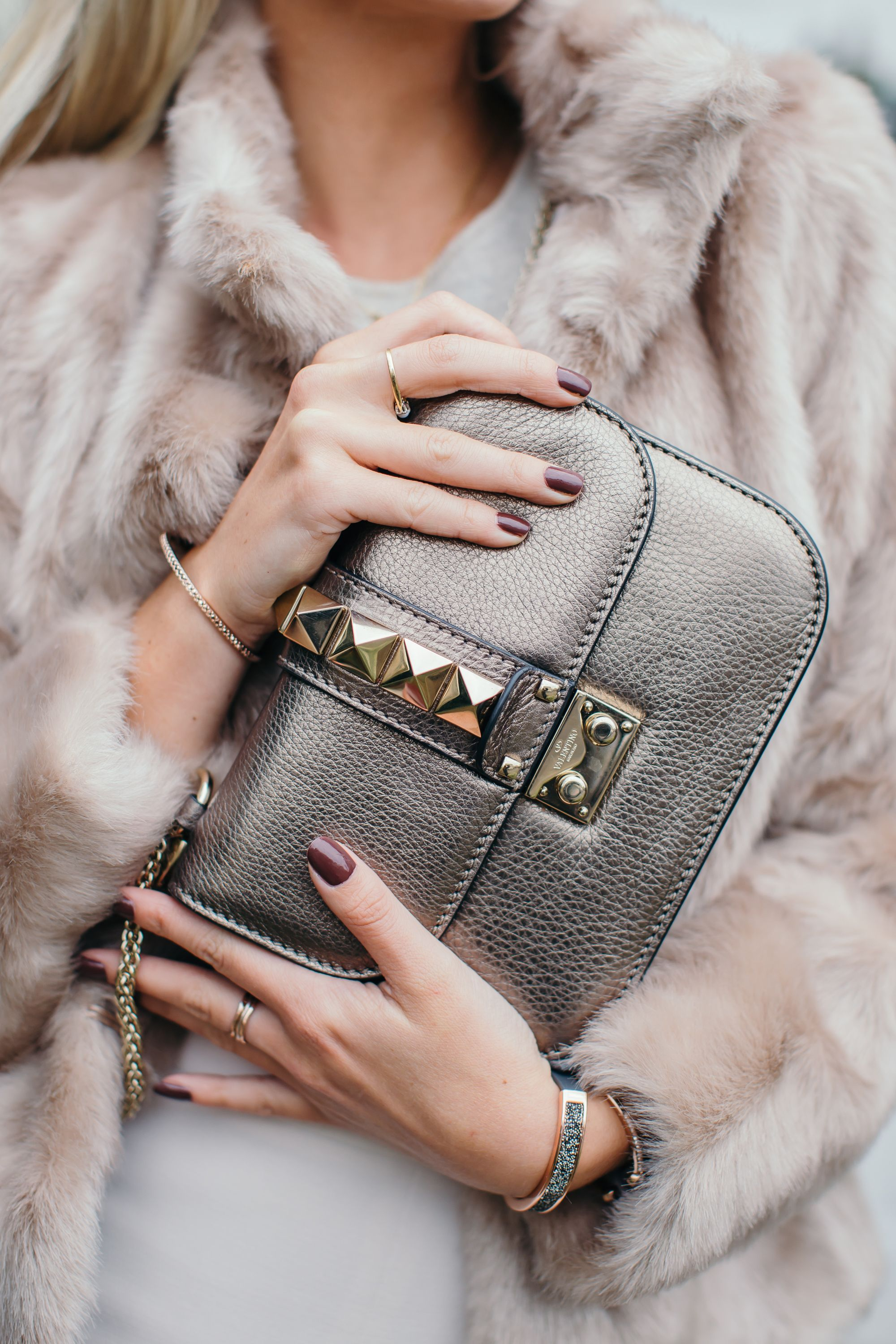 7cdd7666d61d My Go-To Look for the Holiday Season - Fashion Mumblr