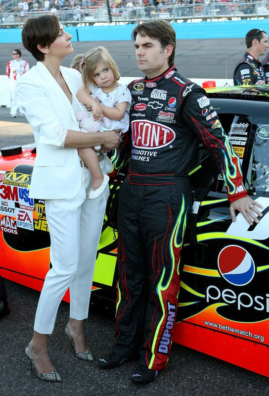 Jeff Gordon Family Gallery Ingrid With The Short Hair Looks Great