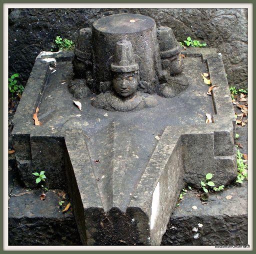 WANDERLUST: September 2011 | Shiva, Shiva linga, Kali shiva