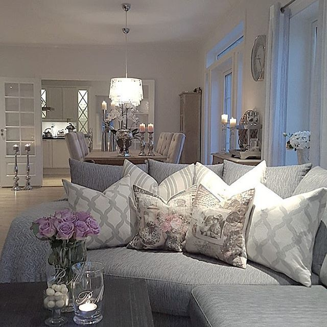 38 Small Yet Super Cozy Living Room Designs: Jenny @jenngunor Instagram Photos