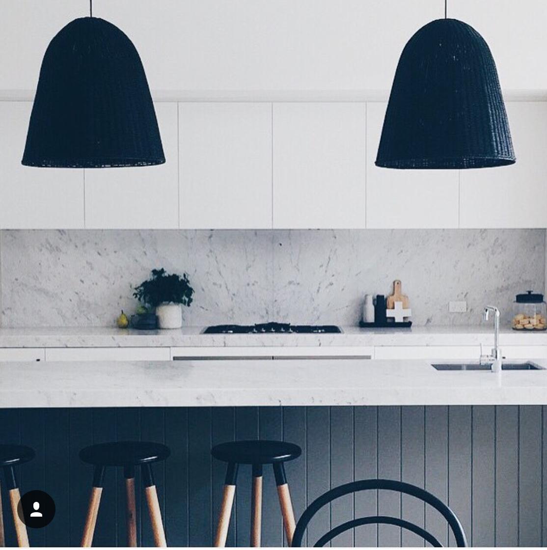 Minimalist monochrome kitchen | Mono | Pinterest | Monochrome ...