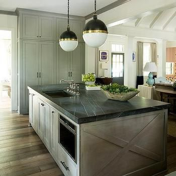Start The New Year Fresh With A Modern Beautifully Renovated Kitchen We Love In 2020 Kitchen Inspiration Design White Marble Kitchen White Marble Kitchen Countertops