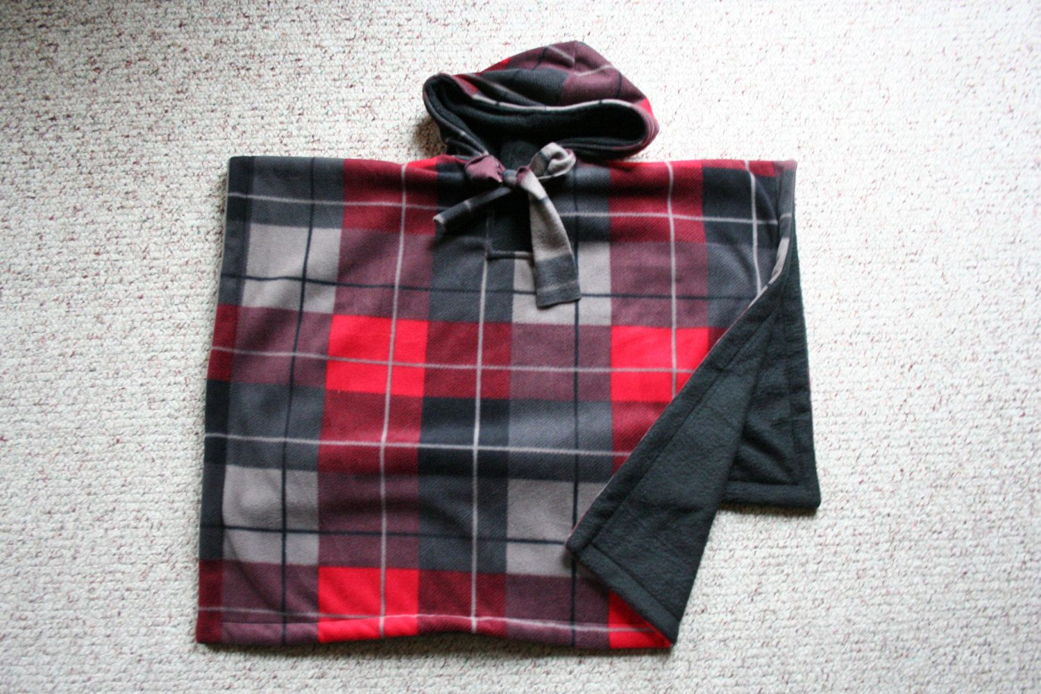 bb7403bc5 Car seat Coat poncho hoodie for Toddlers Red Plaid Boys mto ...