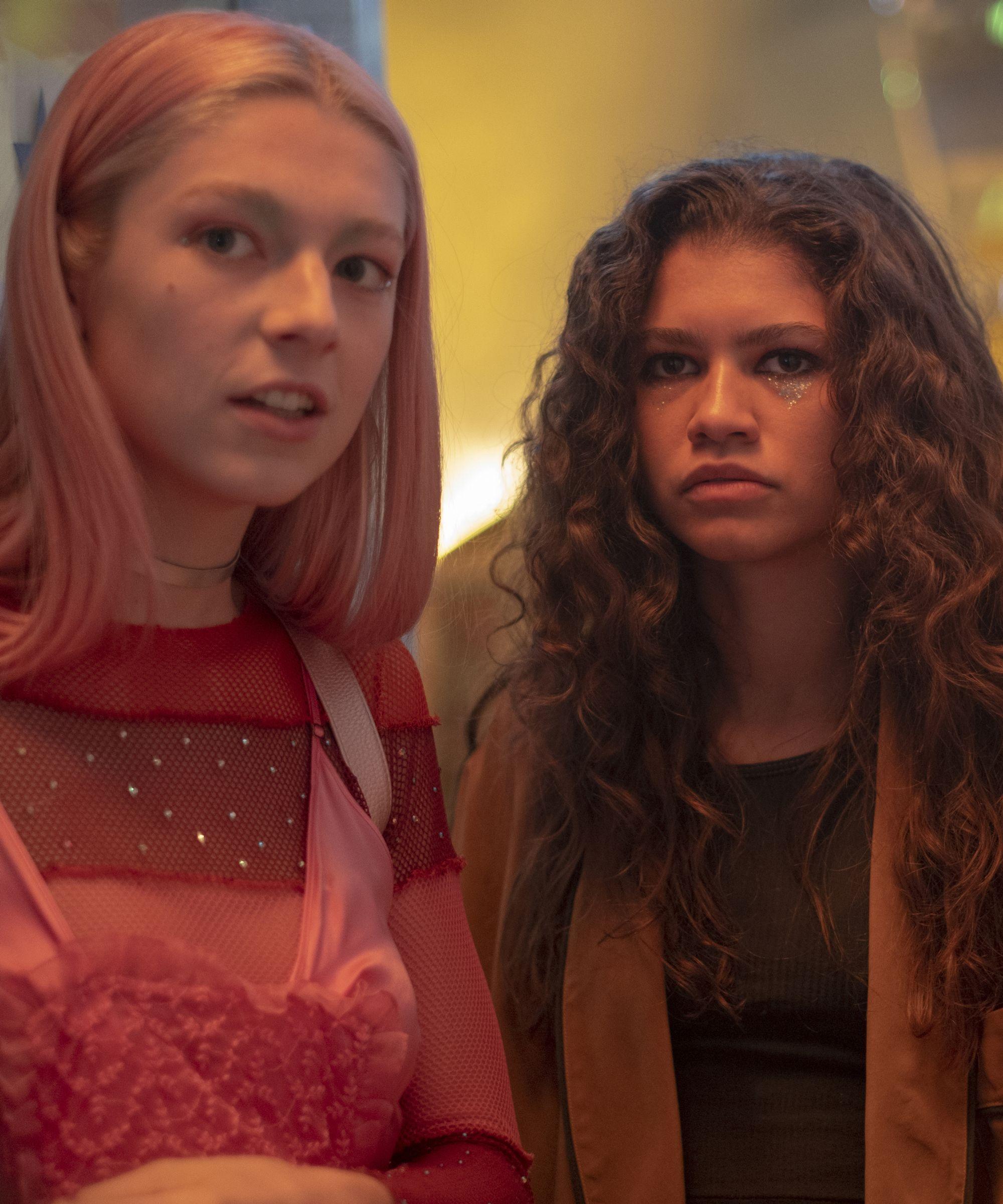 Icona Pop Halloween 2020 Twitter Is Torn Over Rue & Jules' Lip Tattoos On 'Euphoria