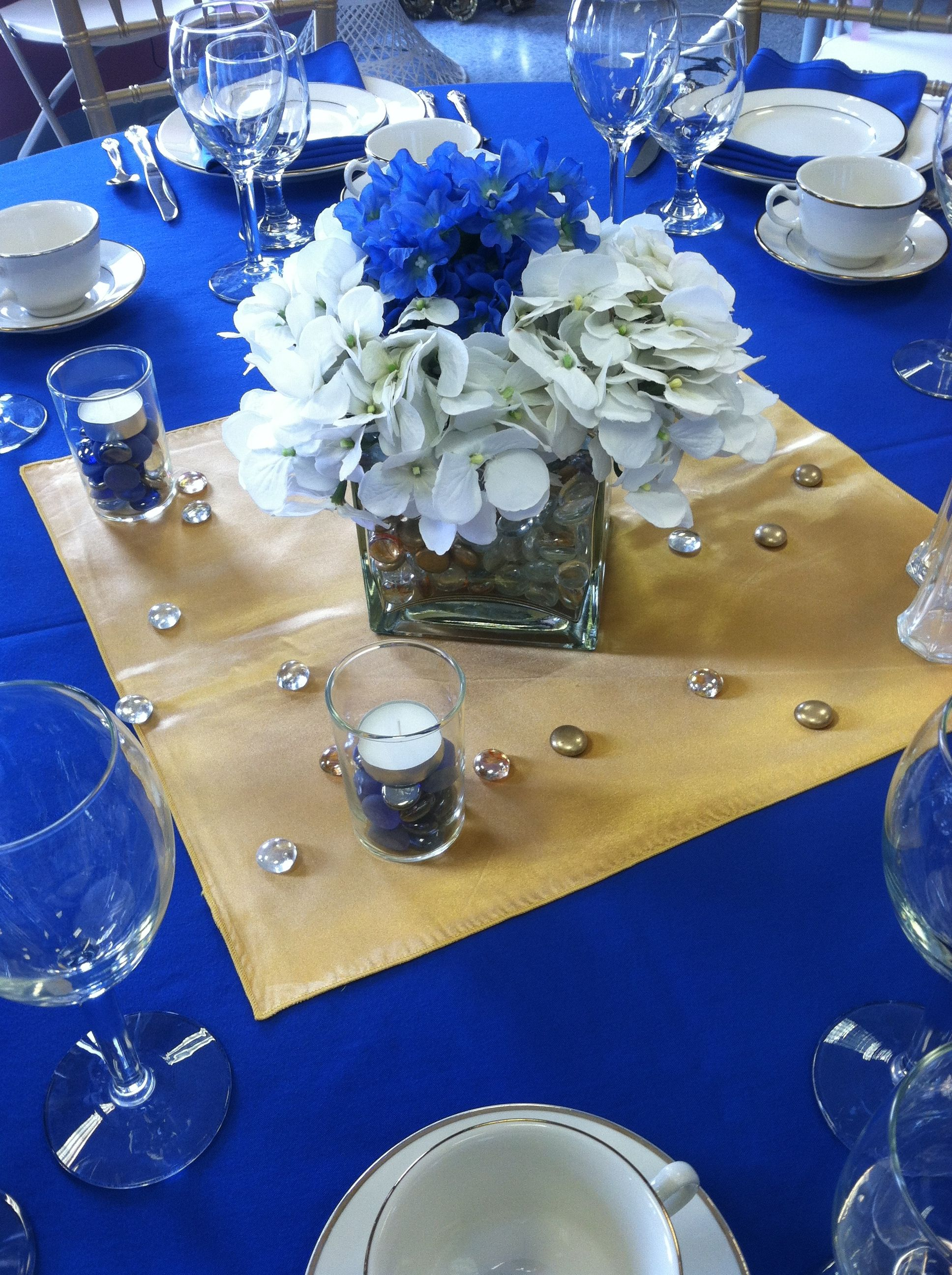 R blue and gold centerpiece easy simple to make use