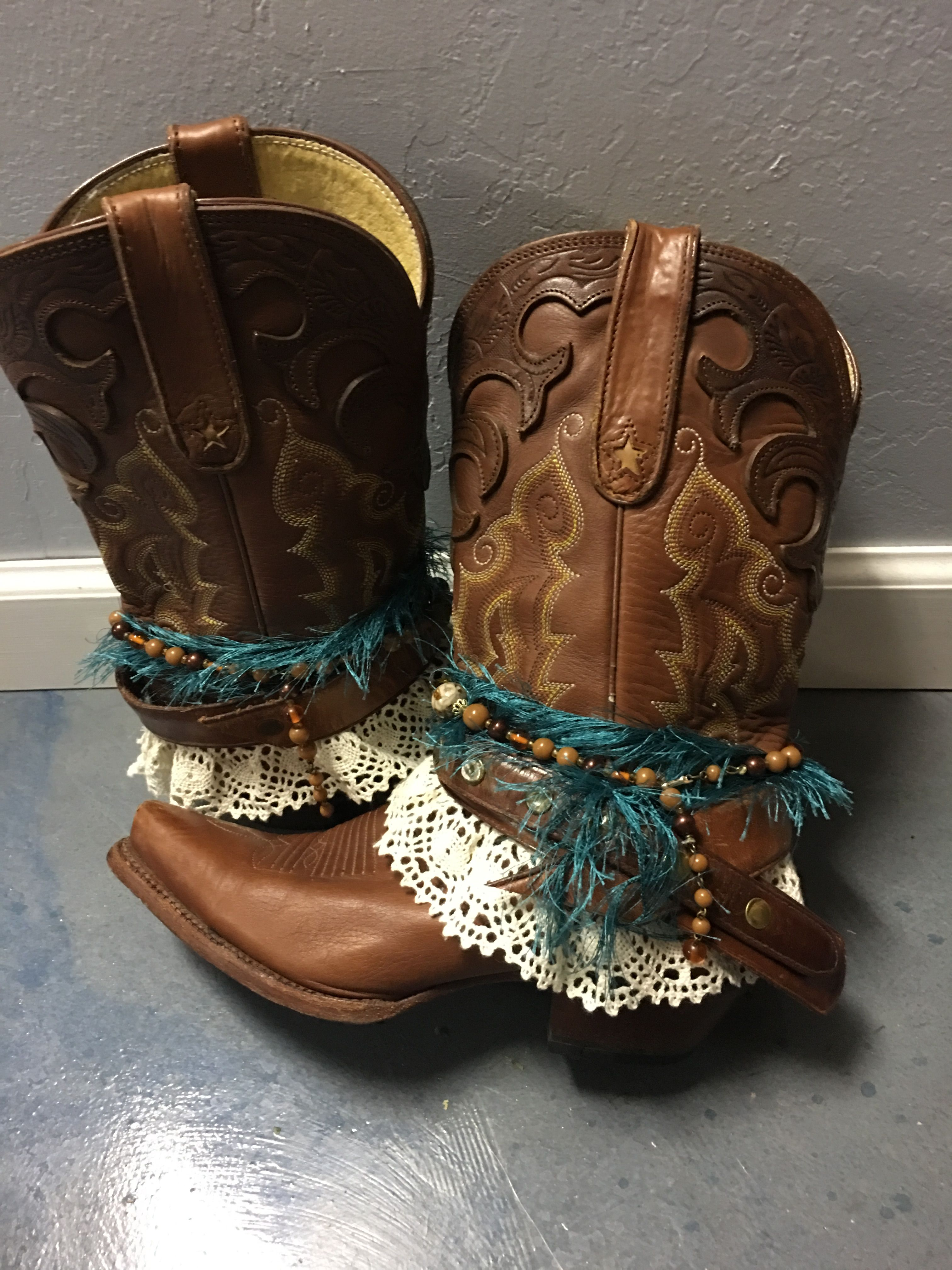 8f4a294fac Pin de Shannon Sitser en UPCycled Cowgirl Boots en 2019