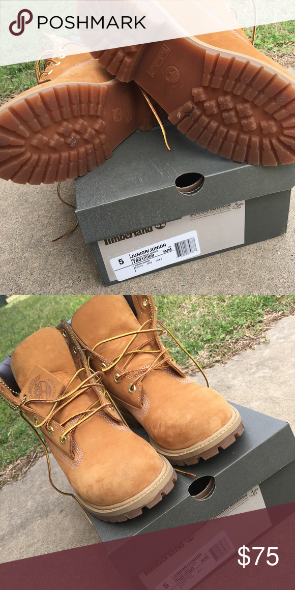 e9e72cdaf9b Timberland Boots Like new condition. Worn only a few times ...