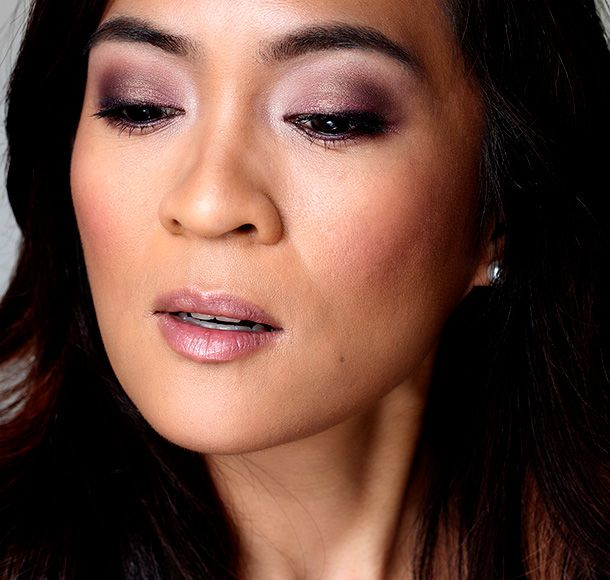 The Laura Mercier Artist S Palette For Eyes Turns Super Blended Eye Looks Into Works Of Art Makeup And Beauty Blog Artist Palette Beauty Lookbook