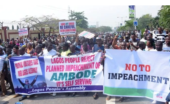 Ambode S Impeachment Hundreds Of Protesters Invade Lagos Assembly Lagos Protest Assembly