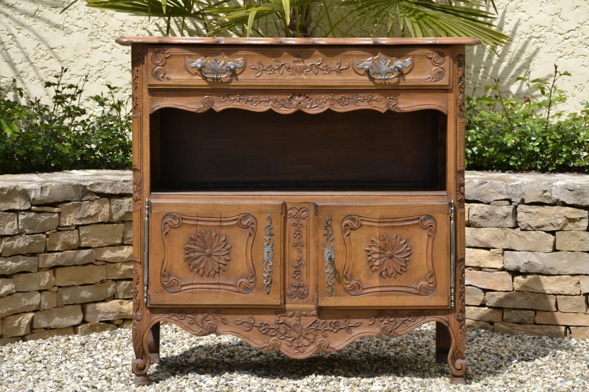Petit Buffet Proven Al En Noyer Style Louis Xv Le Guide Des  # Meuble Tv Louis Xv Occasion