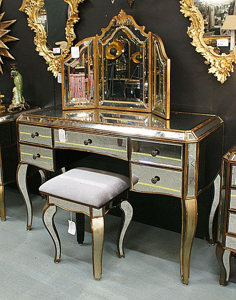 Antiqued Venetian Mirrored Gold Dressing Table Mirror Stool Set