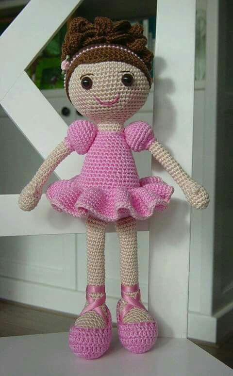 Muñeca preciosa a crochet..para regalo dia del niño..empieza ahora ...