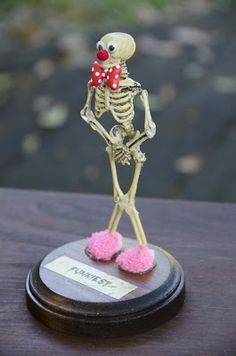 diy costume contest trophies - Google Search | Halloween ...