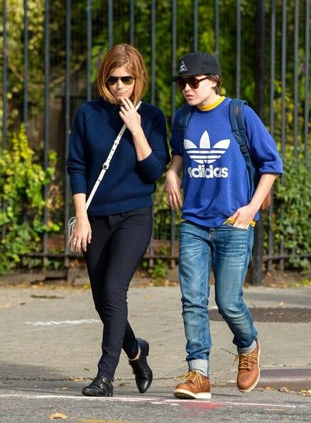 f094042d8 Ellen Page Photos Photos: Kate Mara and Ellen Page Hang Out in NYC ...