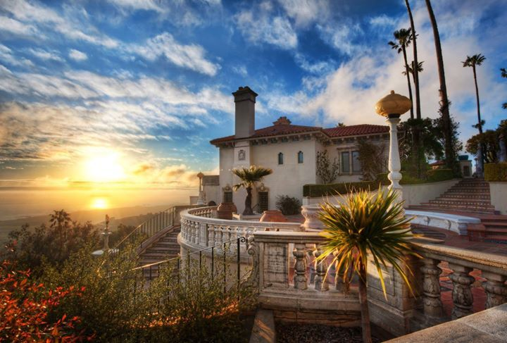 "Here's the ""guest house"" at Hearst Castle around sunset with the Pacific Ocean in the distance. #treyratcliff More on my blog at http://ift.tt/qCe472"