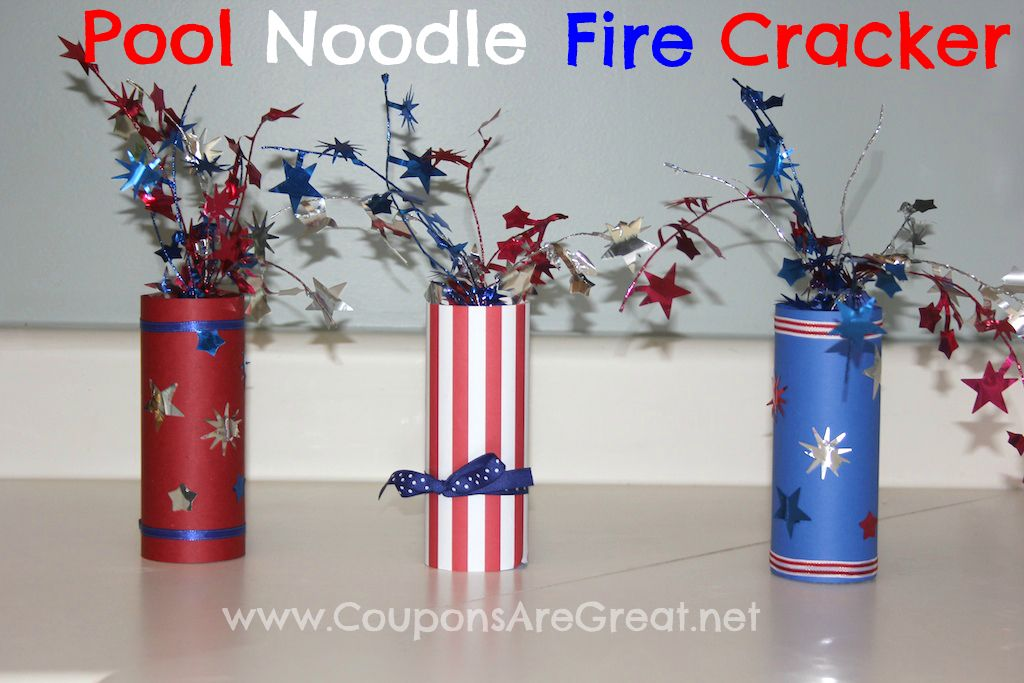 Pool Noodle Fire Cracker craft perfect for kids and adults. This craft is patriotic, frugal, and adorable! Use it as a center piece or mantle/table decor. #poolnoodlewreath